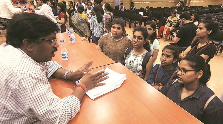Math in best of 4 for Eco Hons: DU aspirant's concerns reach High Court