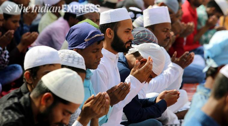 Eid-ul-fitre: India celebrates festival, political leaders extend greetings