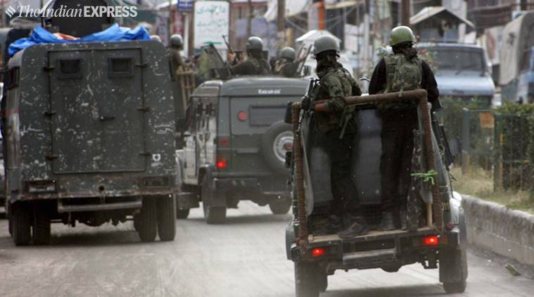 army vehicle attacked in J&K, army vehicle attacked in pulwama, pulwama, J&K news, ied attack in pulwama, ied attack on army vehicle in pulwama