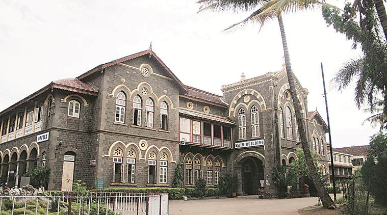 fergusson college, fergusson college pune, pune fergusson college, fergusson college courses, courses in fergusson college, fergusson college fee, education news, Indian Express