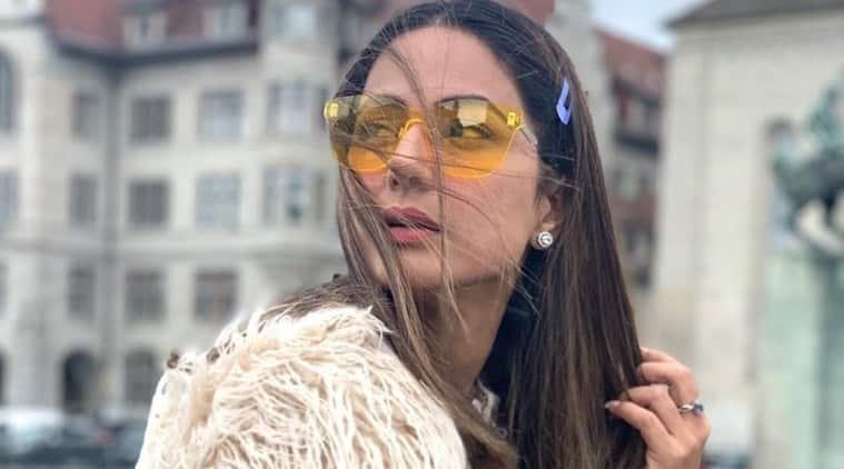 Hina Khan in Paris to shoot for film