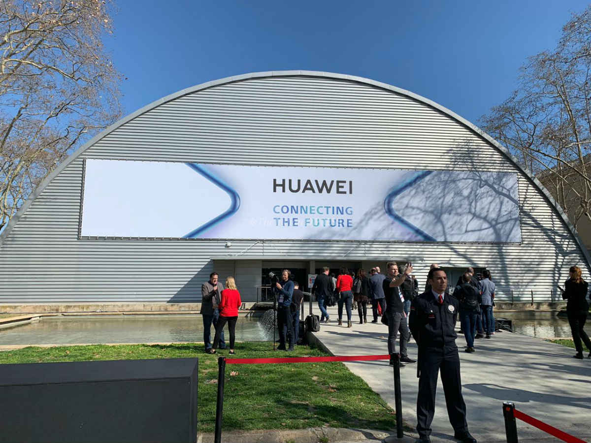 Huawei's Android rival could fail without popular apps, developer