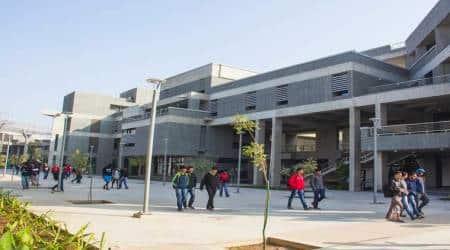 Indian Institute of Technology, IIT, iit delhi, iit bombay, iit kharagpur, iit guwahati, final year college stduents, IIT students, education news