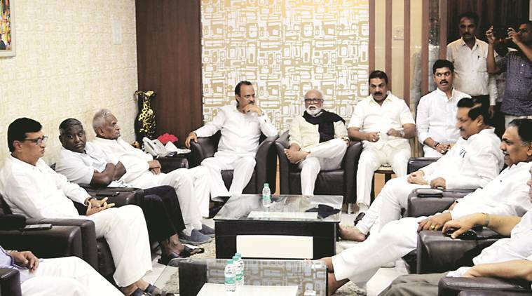 Maharashtra: In disarray, Opposition projects a united face