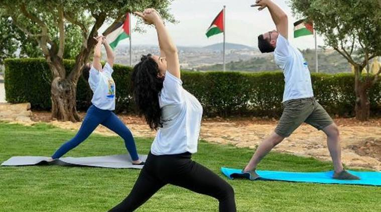 Yoga fest in Palestine draws huge response from Palestinian youth