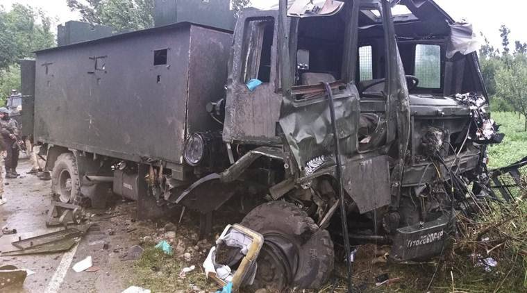 Pulwama attack, Pulwama army attacked, south kashmir attacks, indian army, army vehicle attacked, army vehicle attacked in J&K, jammu and kashmir, army vehicle attacked in pulwama, pulwama, J&K news, ied attack in pulwama, ied attack on army vehicle in pulwama