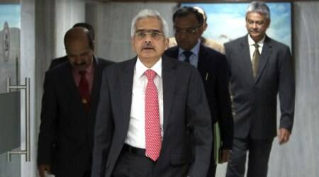 rbi, rbi governor, Shaktikanta Das, rate cut, transmission of rate cut, indian economy, banks rate cut, business news, indian express