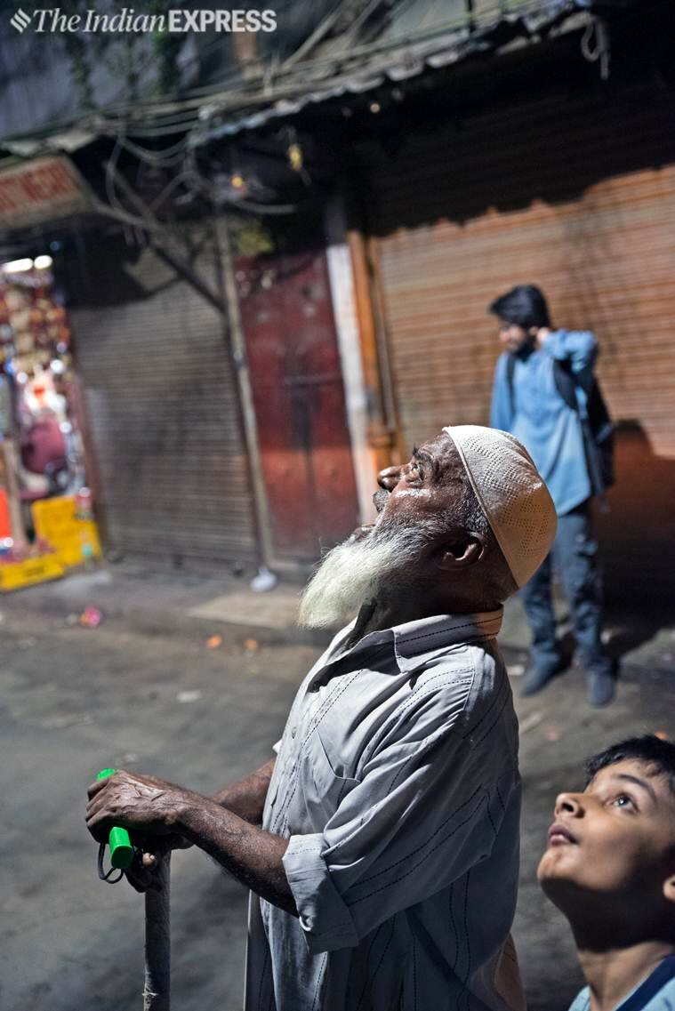 ramzan 2019, ramadan 2019, mohammed hanif, chandni chowk, daryaganj, seharkhan, sehriwallah, sehriwallah photos, ramadan photos, golcha cinema, ajmer fair, delhi news. indian express