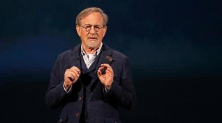 Steven Spielberg penning horror series