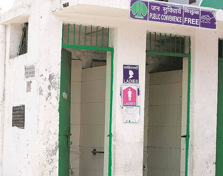 In 4 Delhi slums, most kids have no access to toilet at home: Survey