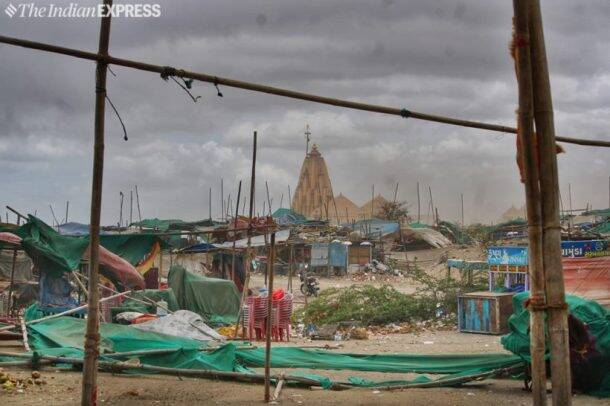 cyclone vayu, cyclone vayu photos, cyclone vayu news, cyclone vayu gujarat, cyclone vayu video, cyclone vayu location, weather today, today weather, cyclone vayu in mumbai, weather report today, weather forecast, weather forecast today, cyclone vayu news, fani cyclone, fani cyclone today news, india news, indian express