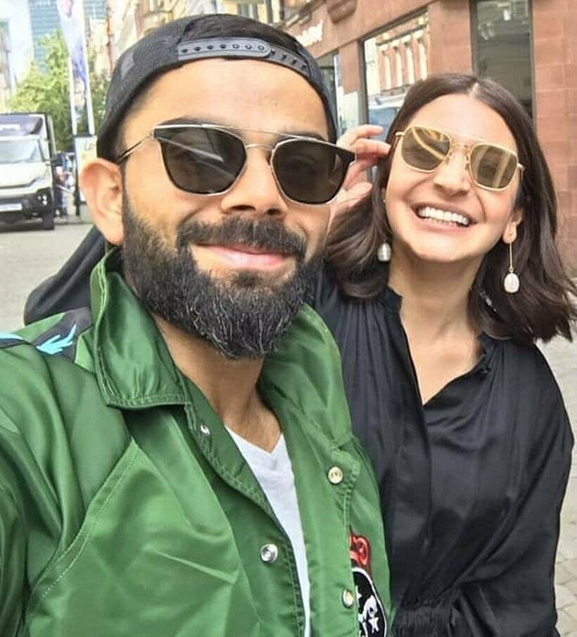 anushka sharma, virat kohli, virat anushka, virat anushka photos, virushka photos, anushka sharma photos, world cup 2019, world cup 2019 semi finals, india vs new zealand match