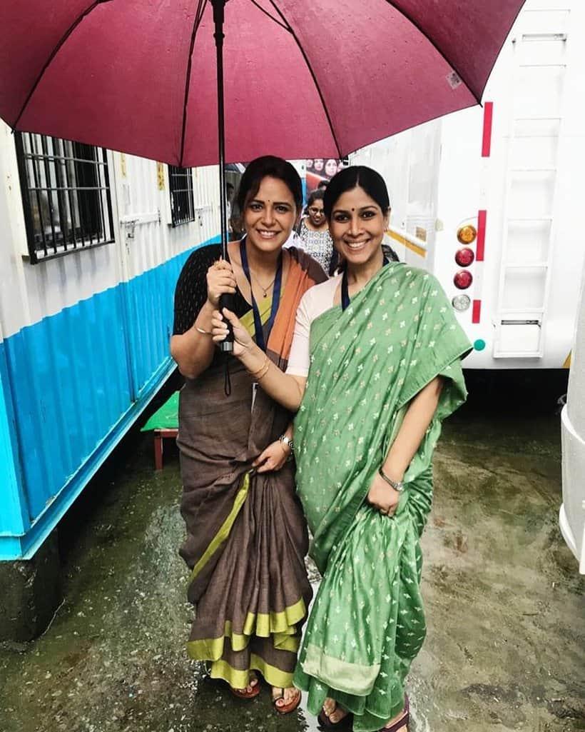 mona singh and sakshi tanwar photo ekta kapoor