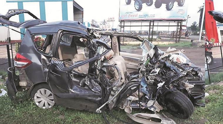 Pune, Pune news, Pune accident, Pune Solapur highway, Pune highway accident, Loni Kalbhor, Pune accident news, Indian Express