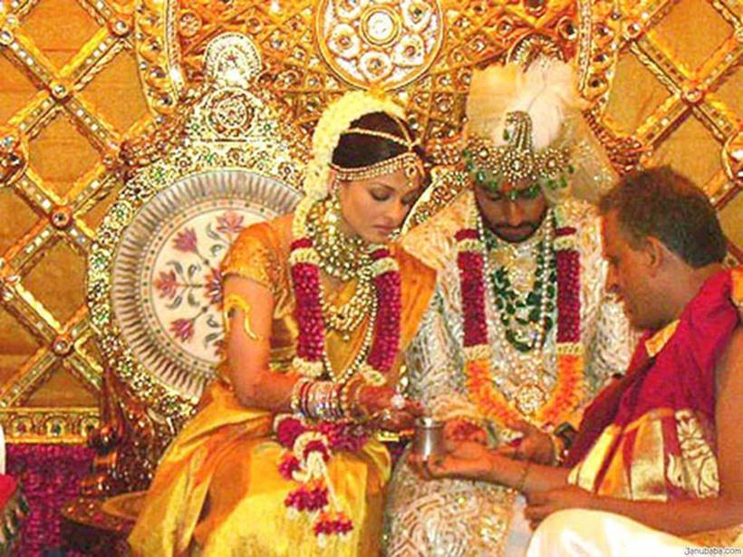 Aishwarya Rai Bachchan, Abhishek Bachchan, wedding ceremony, bollywood wedding, indian express