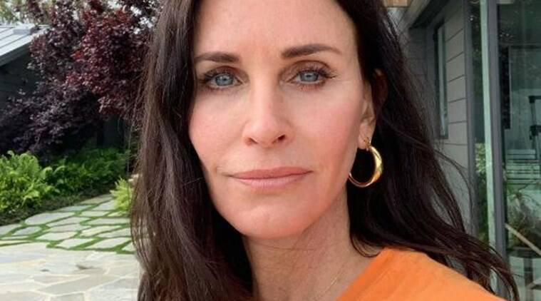 Courteney Cox to star in, produce series on Netflix