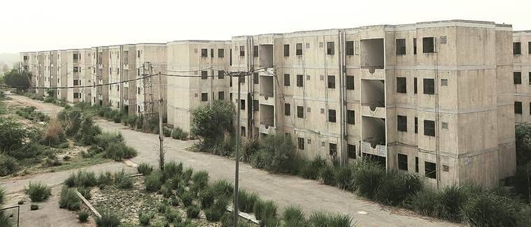 delhi slums, delhi housing for poor, dda housing, dda housing slum dwellers, jj colony, JNNURM, delhi modernisation project, delhi development authority,