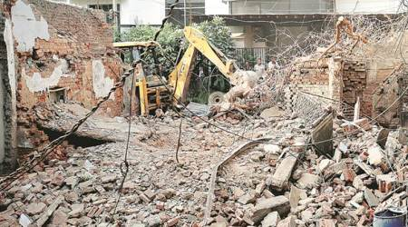 North Delhi Municipal Corporation, north delhi buildings, dangerous buildings in delhi, delhi building collapse, delhi news