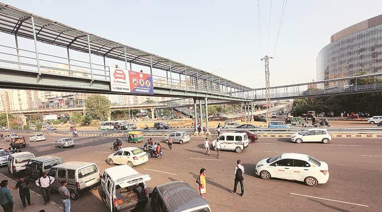 foot over bridge gurgaon, fob gurgaon, foot over bridge delhi, foot over bridge ncr, gurgaon traffic police, gurgaon police,