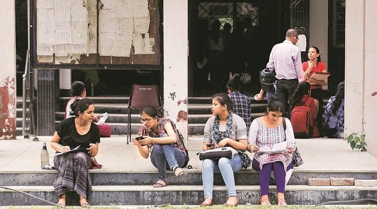 delhi university, delhi university admission, du admission, du admission second list, du admission pol science, education news, du first list