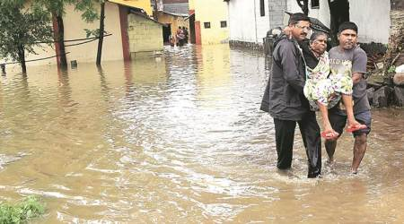 Mumbai, Mumbai news, Mumbai rains, Navi Mumbai village shifted, village evacuated in Navi Mumbai, Villagers shifted to school, Dungi village shifted, Dungi village shifted due to rain, Infian Express