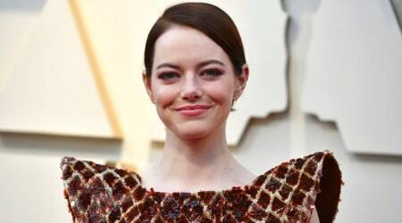 Damien Chazelle in early talks with Emma Stone for Babylon