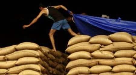 pune retail market strike, no supply of foodgrains in pune, no food supply in pune, pune city news