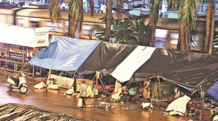 mumbai homeless, mumbai homeless people, mumbai shelter homes, mumbai poor, homeless people in mumbai, mumbai news, Indian Express