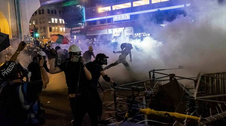 Hong Kong Police fire tear gas and rubber bullets