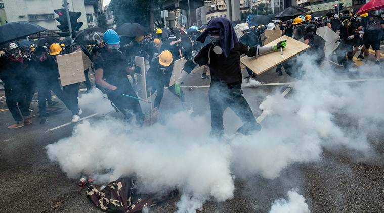 Hong Kong: In fresh clashes, police fire tear gas, water cannon on protesters