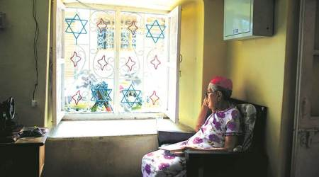 Book on jews of Kochi, book on Indian Jewish communities, One Heart. Two Worlds: The Story of the Jews of Kochi, Book on Cochin Jews, KS Mathew, Yamini Nair, Indian Express news