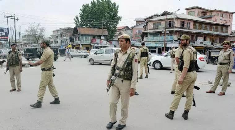 Srinagar Jammu Kashmir, Jammu Kashmir section 144, Jammu Kashmir curfew, Jammu and kashmir police, J&K police force deployment