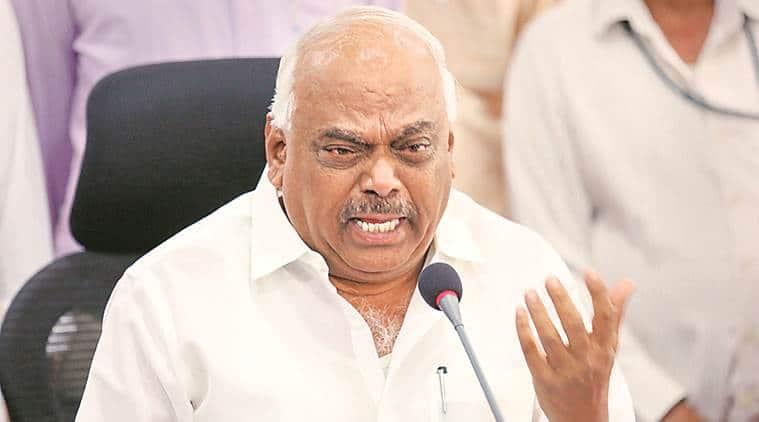 Karnataka Speaker disqualifies 14 Cong, JD(S) rebels, trust vote today