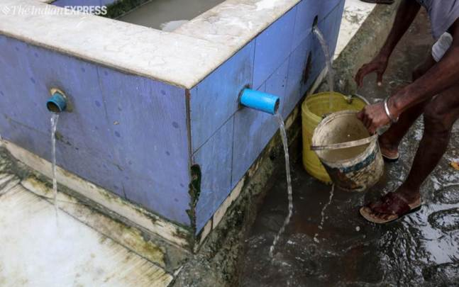 kolkata, kolkata water wastage, kolkata water waste, water wastage, water crisis, india water crisis, water tax, water resource, water waste photos, water wastage photographs, indian express