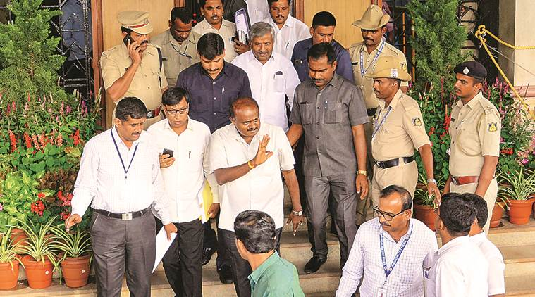 Karnataka trust vote today: Speaker's call on resignations, says SC, but gives rebel MLAs a shield