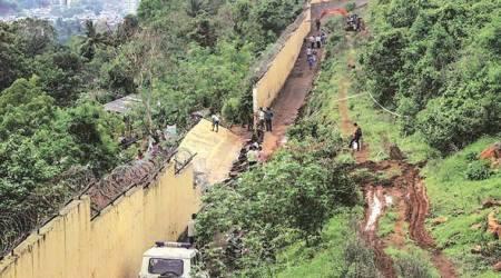 kurar wall collapse, mumbai wall collapse, mumbai kurar wall collapse, wall collapse in kurar, wall collapse in mumbai, mumbai news, Indian Express