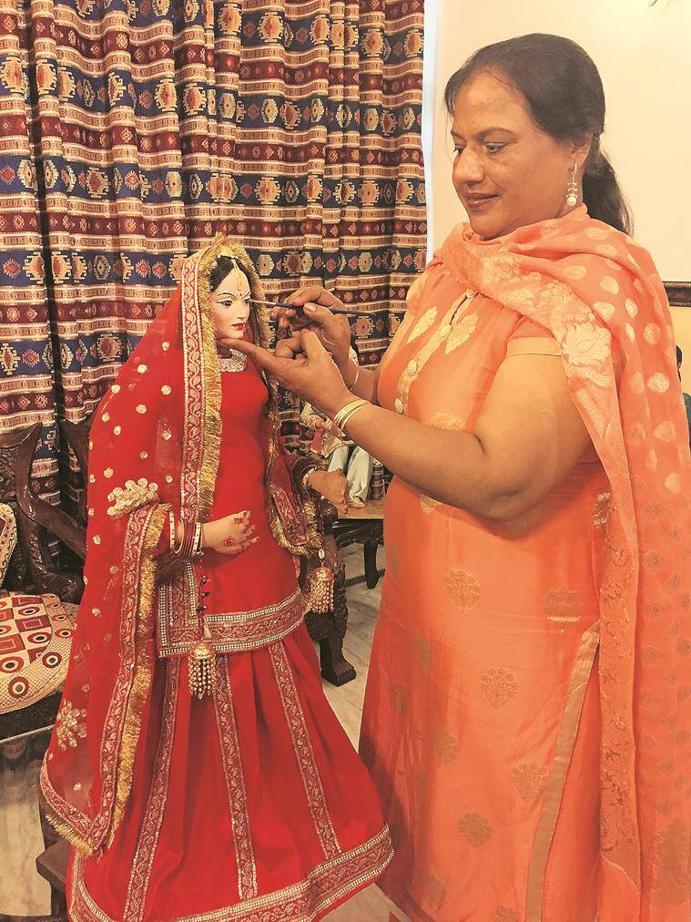 dolls, traditional dolls, punjab, ludhiana, punjabi traditional dolls, guddiyan patoley, doll exhibition, punjab kala bhawan, indian express news