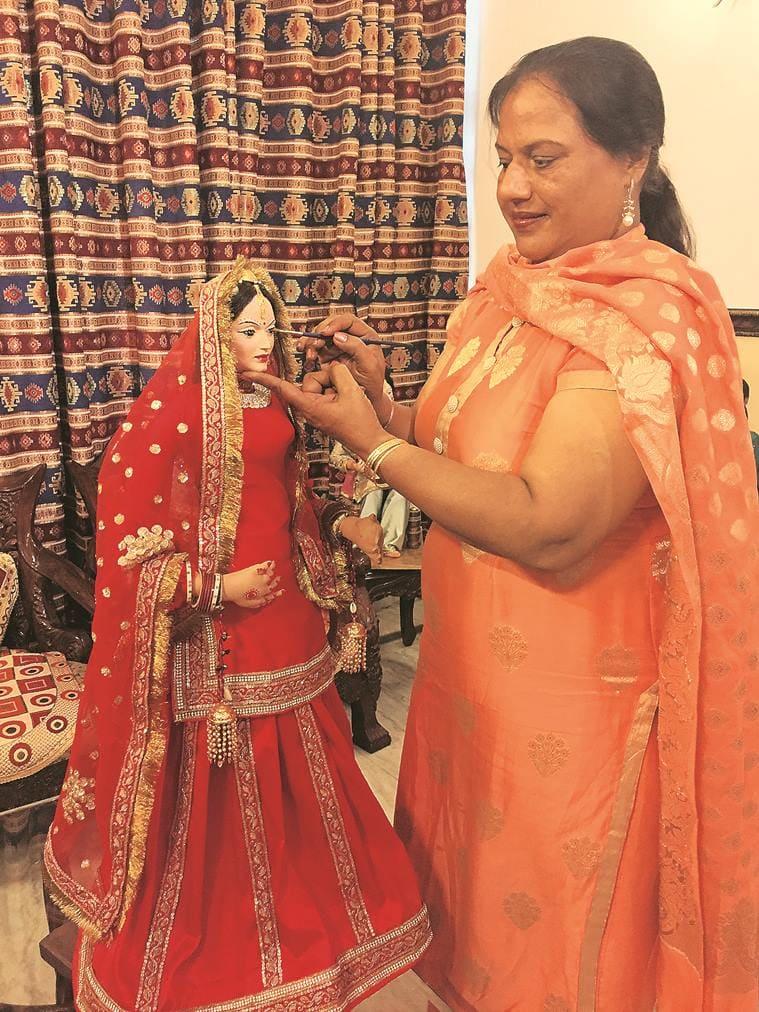 dolls, traditional dolls, punjab, ludhiana, punjabi traditional dolls, guddiyan patoley, doll exhibition, punjab kala bhawan, indian express news