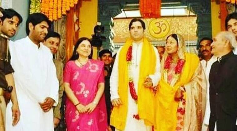 'Cotton saree I'm wearing was woven by Pt Nehru in jail': Maneka Gandhi shares old picture from son's wedding