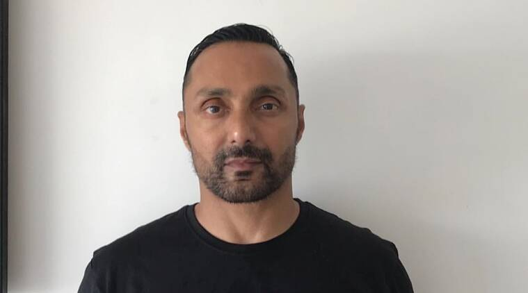 rahul bose, rahul bose banana, rahul bose twitter, rahul bose banana bill, rahul bose video, rahul bose latest news, jw marriott, rahul bose orders banana, rahul bose bill