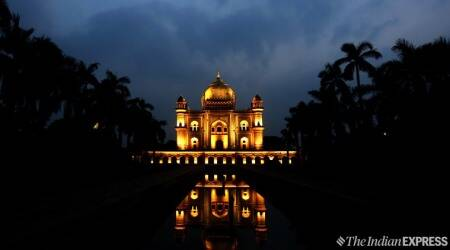 Safdarjung Tomb, safdarjung tomb lights up, safdarjung tomb lit up photos, Safdarjung Tomb Delhi, Delhi Safdarjung Tomb, Safdarjung Tomb timings, Safdarjung Tomb ASI, Delhi, Delhi news, indian express