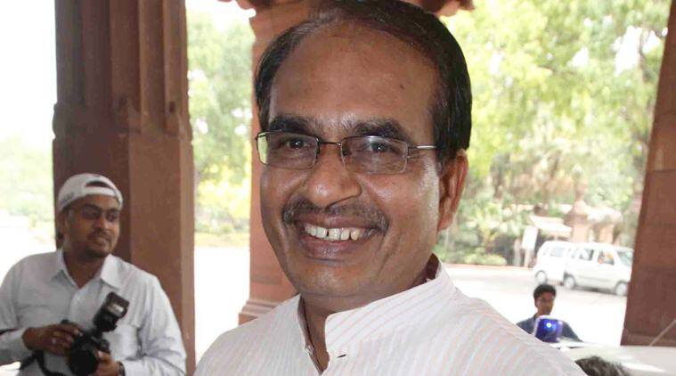 Shivraj Singh Chauhan, Chauhan calls rahul nakli gandhi, rahul gandhi, rahul nakli gandhi, lok sabha elections, indian express