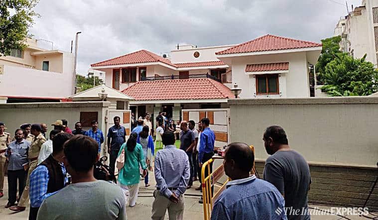 SM-Krishna-residence-sadashivanagar-bangalore-bengaluru-vg-siddhartha