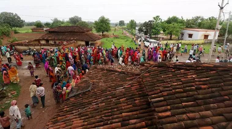 Sonbhadra, Sonbhadra killings, Sonbhadra land dispute, Sonbhadra Gond community, Sonbhadra UP, UP Sonbhadra news, Yogi Adityanath, Congress Sonbhadra, Yagya Dutt Sonbhadra, Indian Express
