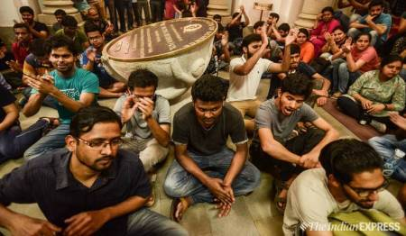 Students-protest-IISc-Bengaluru-guards-death-safety-concern