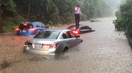 Heavy rains cause flash floods in Washington DC, multiple vehicle stranded in high water