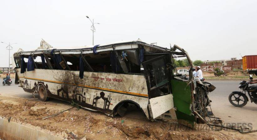 Yamuna Expressway tragedy leaves 29 dead, 17 injured as bus plunges into drain