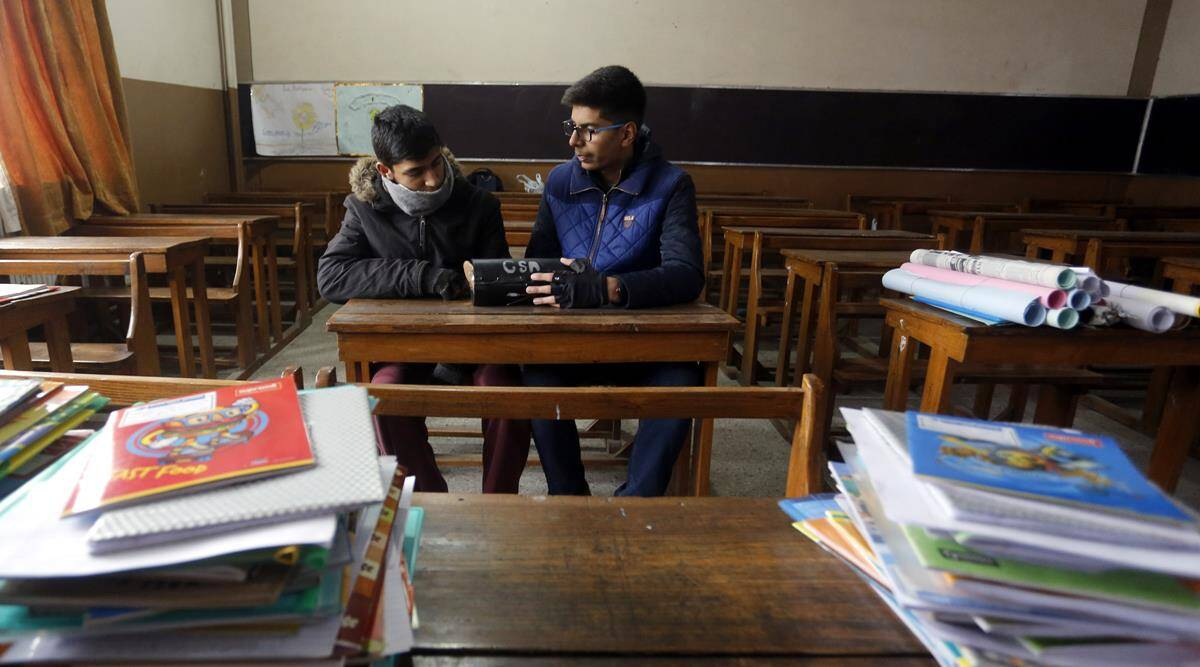 Innovation in times of internet ban: A Kashmiri boy's journey to the Indian Science Congress