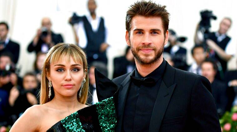 Miley Cyrus Liam Hemsworth seperate