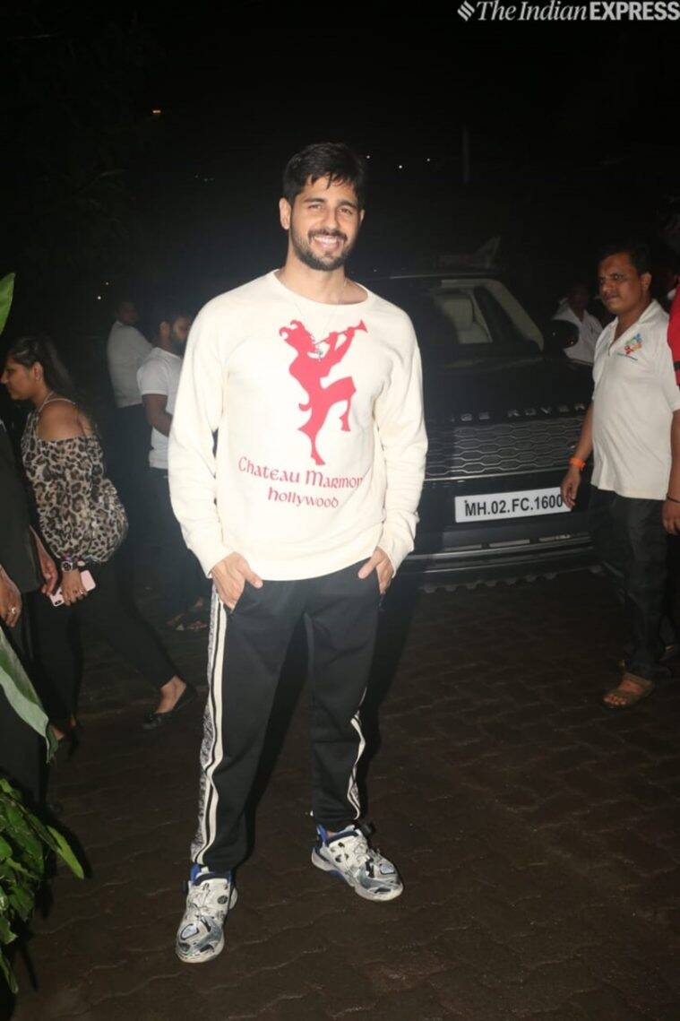 sidharth malhotra at kiara advani birthday